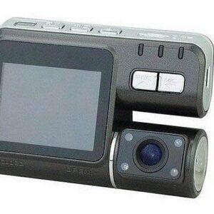 מצלמה לרכב עם עדשה כפולה